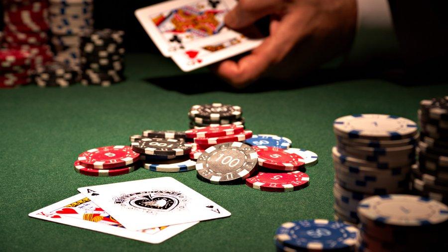С карты ПриватБанка потратили 622 млн грн в казино - Финансовый клуб